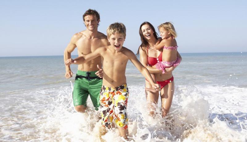 Інформація про відпочинок з маленькими дітьми фото