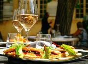 Типи і види харчування в готелях фото